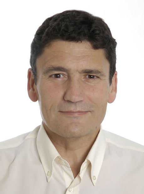 Francisco Adolfo Muñoz es catedrático de Historia Antigua de la Universidad de Granada, profesor universitario desde el año 1978, e investigador del ... - paco2